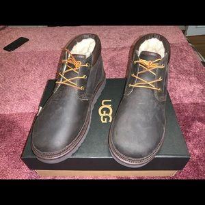 NWT UGG men's NEUMEL ULTILITY BOOT.  size 11